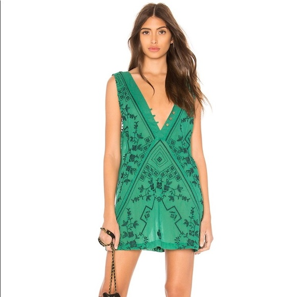 cd539294c2 Free People Dresses   Skirts - FREE PEOPLE SWEETEST SHIFTY SLIP DRESS IN  GREEN